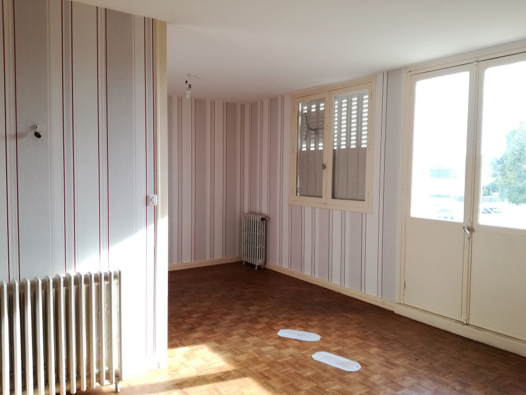 Appartement Appartement ST AMAND MONTROND